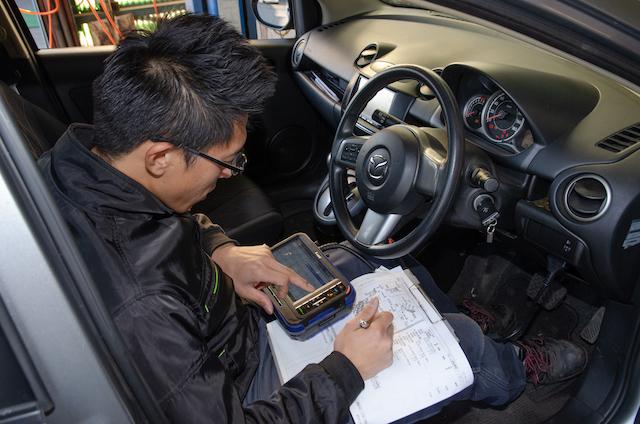 車の進歩に合わせ、整備技術も進歩しています。